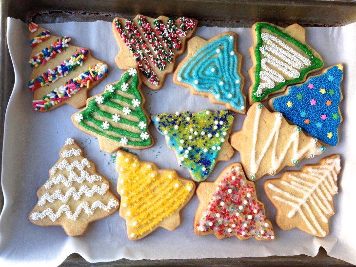 Inspiration for sugar cookie decorating at Mostess.co